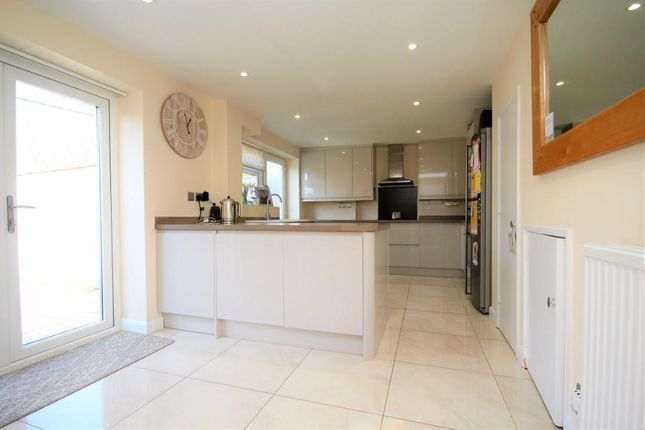 Thumbnail Semi-detached house for sale in Pennfields, Twyford