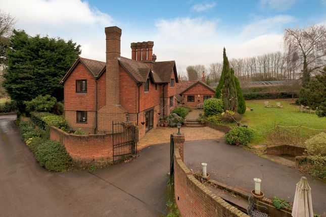Thumbnail Detached house for sale in New Road, Langley, Maidstone