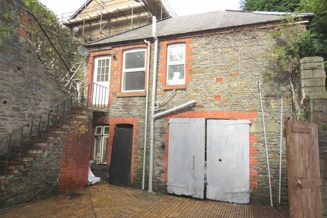 Thumbnail Detached house to rent in Tyfica Road, Pontypridd