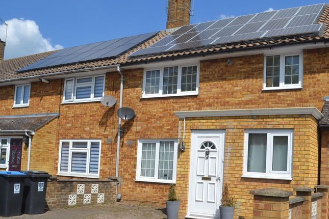 Thumbnail Property to rent in Long Chaulden, Hemel Hempstead