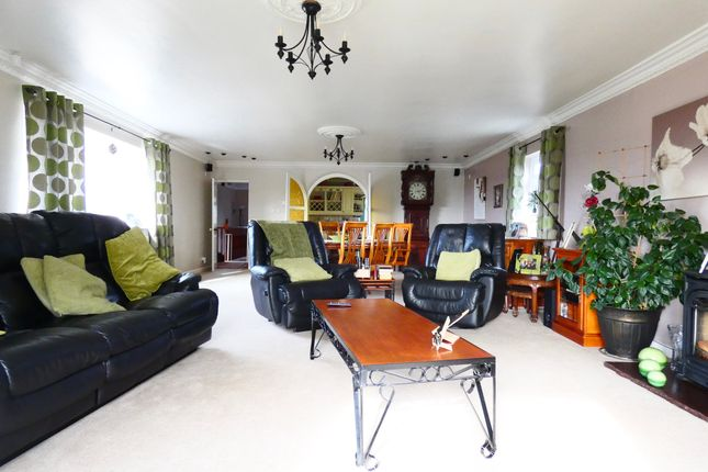 Thumbnail Detached house for sale in Low Stubbin, Rotherham