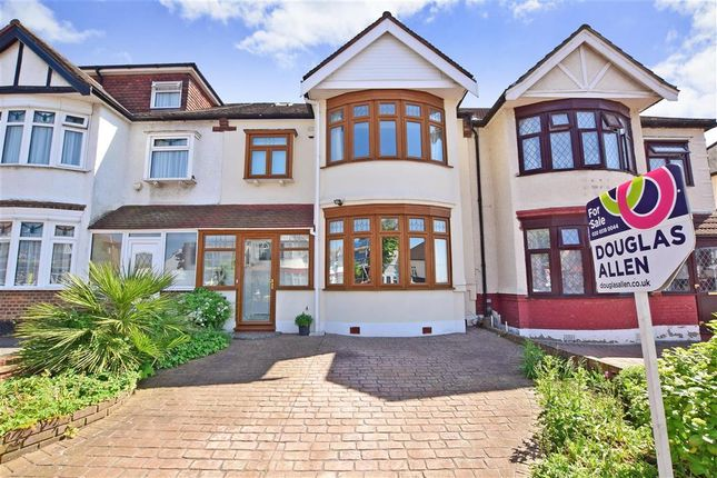 4 bed terraced house for sale in Wanstead Lane, Ilford, Essex