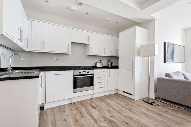 Thumbnail Flat to rent in Cambridge Road, Willow Court