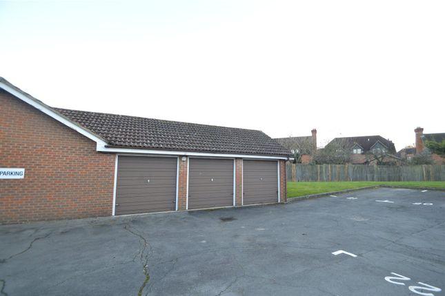 Picture No. 11 of Sadlers Court, Winnersh, Wokingham, Berkshire RG41