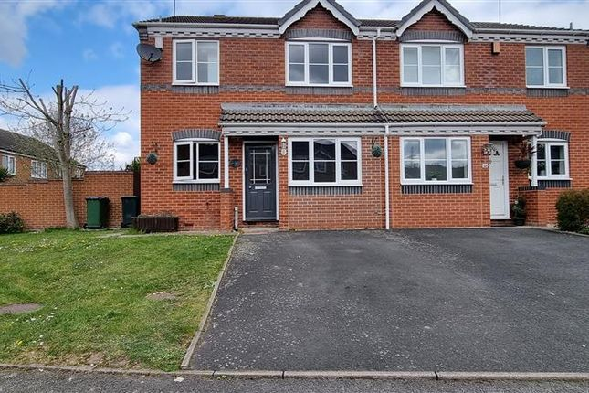 3 bed property to rent in Thetford Way, Walsall WS5