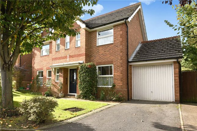 Thumbnail Detached house for sale in Mollison Close, Woodley, Reading