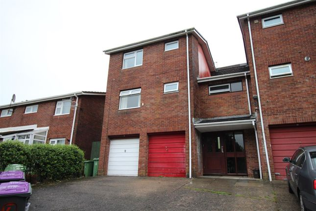 Thumbnail Flat for sale in Bryn Milwr, Hollybush, Cwmbran