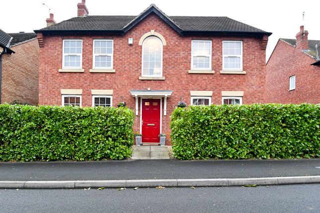 Thumbnail Detached house for sale in Hill View, Stratford-Upon-Avon