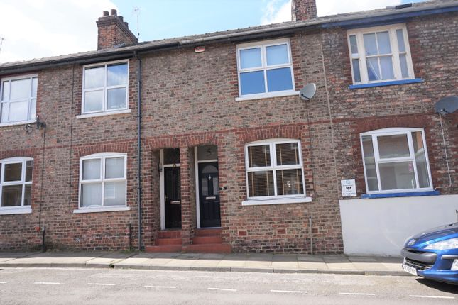 Thumbnail Terraced house for sale in River Street, York