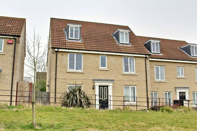 Thumbnail Detached house to rent in Woodpecker Way, Great Cambourne, Cambourne, Cambridge