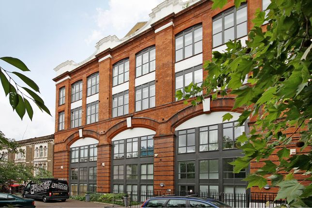 Thumbnail Flat to rent in Peckham Road, Camberwell