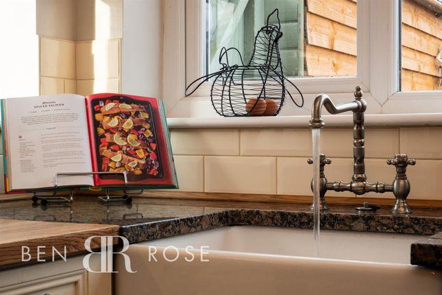 Kitchen Sink of Hoghton Road, Leyland PR25