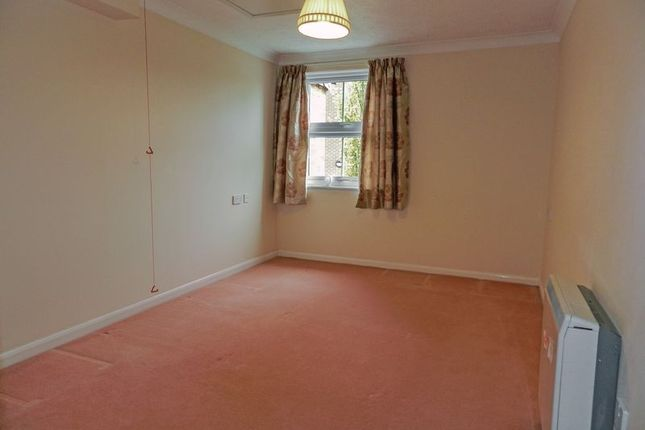 Bedroom of Brampton Court, Chichester PO19