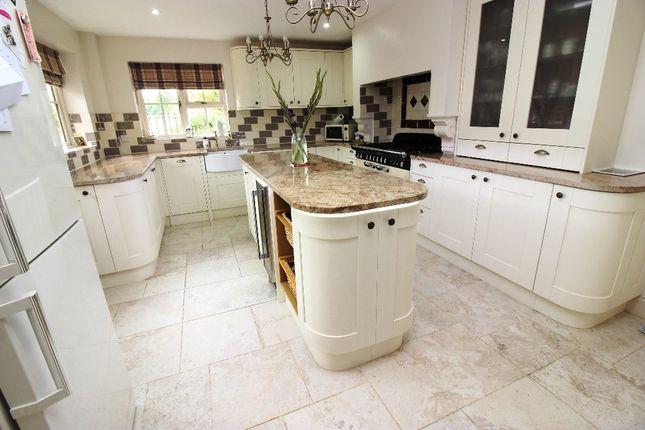 Kitchen of Bank Cottages, Nettlestead Green ME18