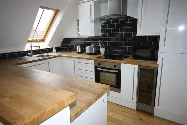 2 bed flat to rent in Flemingate Chapel, Beverley