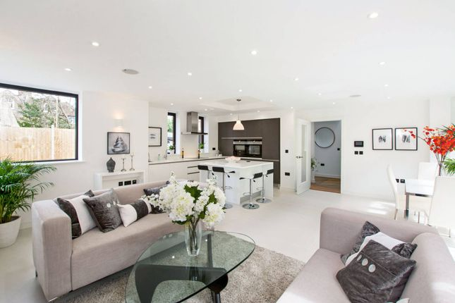 Thumbnail Property to rent in Darcies Mews, Crouch End, London