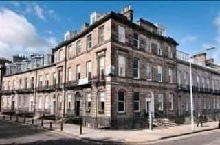 Serviced office to let in Walker Street, Edinburgh