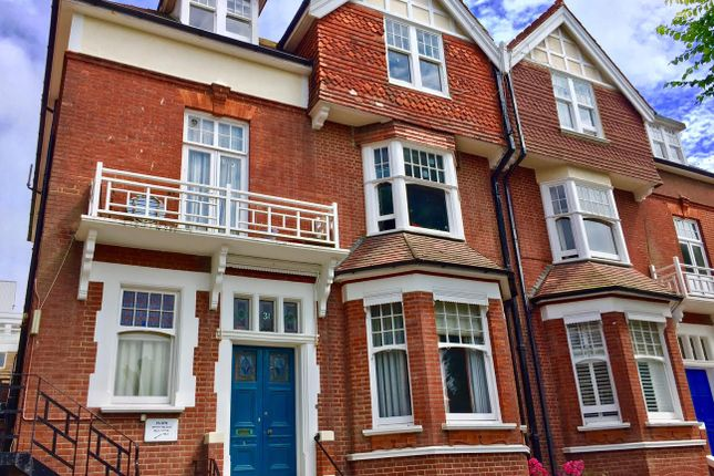Thumbnail Flat to rent in Fourth Avenue, Hove
