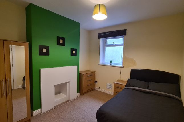 5 bed shared accommodation to rent in Eclipse Street, Adamsdown, Cardiff CF24