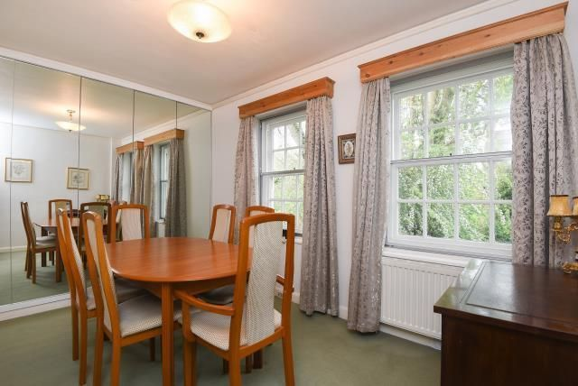 Dining Room of Corringham Court, Golders Green NW11