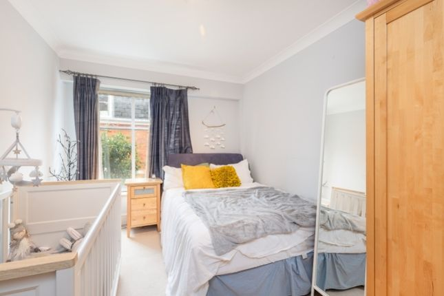 Second Bedroom of 56 Vincent Square, London SW1P
