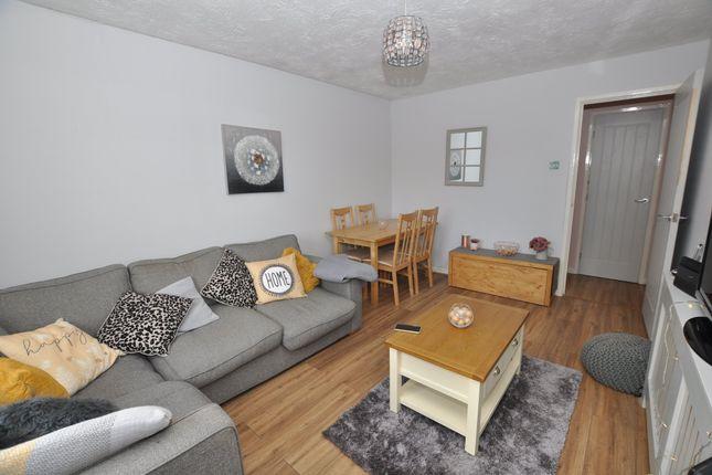 Lounge/Dining Room 1