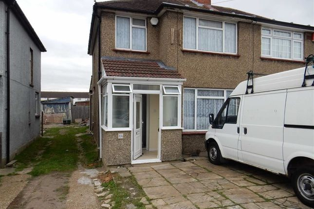 Thumbnail Semi-detached house to rent in Crowland Avenue, Hayes, Middlesex