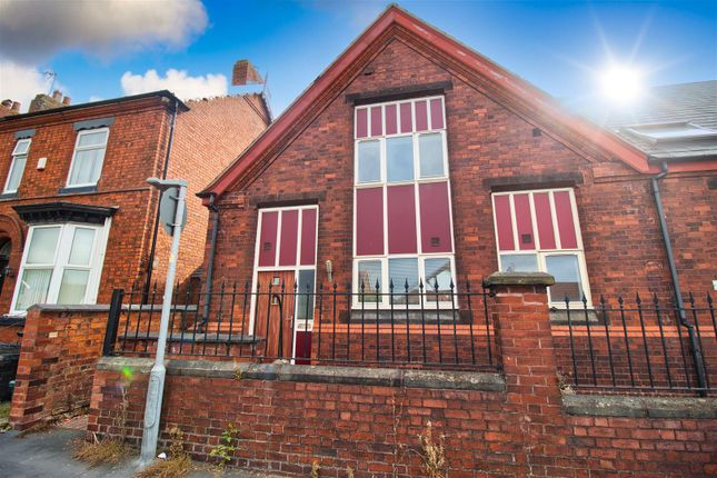 3 bed end terrace house to rent in Wharton Road, Winsford CW7