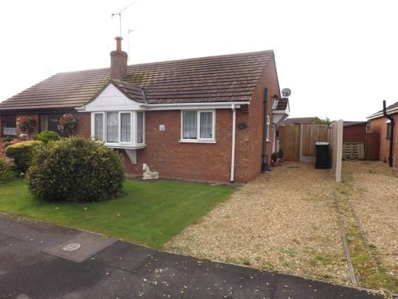 Thumbnail Bungalow for sale in Elmwood Drive, Ingoldmells, Lincolnshire