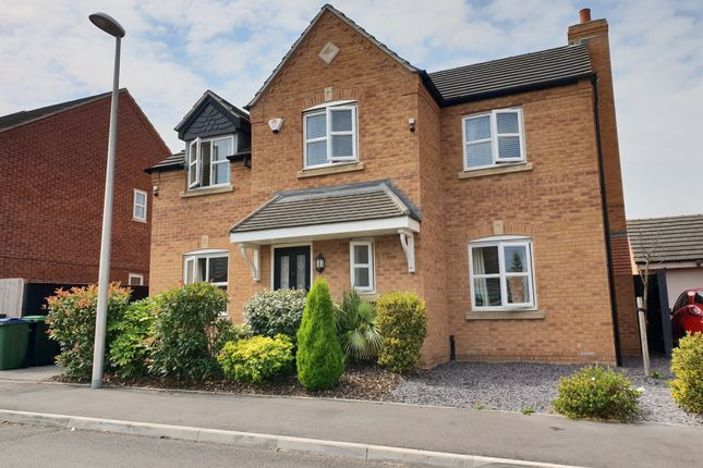 Thumbnail Detached house for sale in Mayfly Close, Oldbury