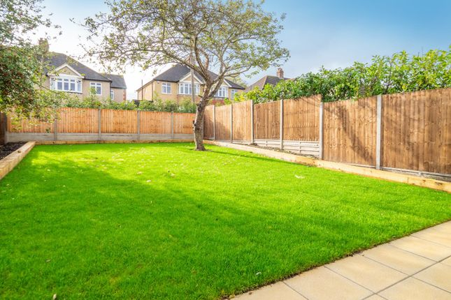Garden of Hawthorn Road, Sutton, Surrey SM1