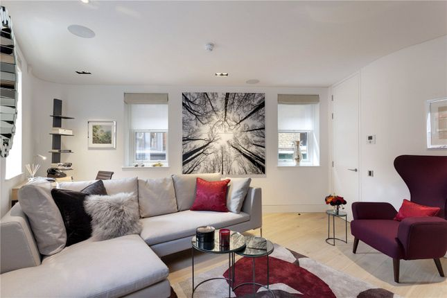 Thumbnail Detached house to rent in Hanway Street, London