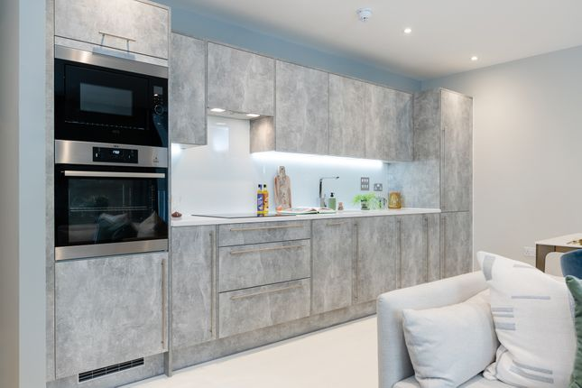 4 bed town house for sale in Renwick Road, Barking IG11
