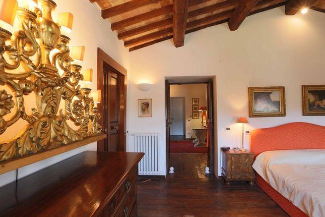 Bedroom 2 of Casaccia, Monte Santa Maria di Tiberina, Umbria