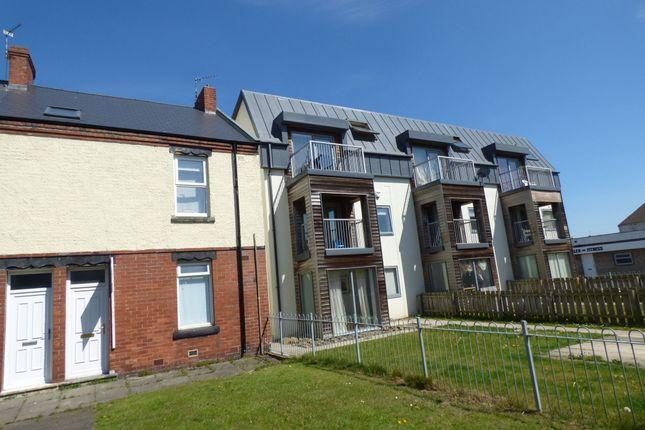 Thumbnail Flat to rent in Elliott Street, Blyth