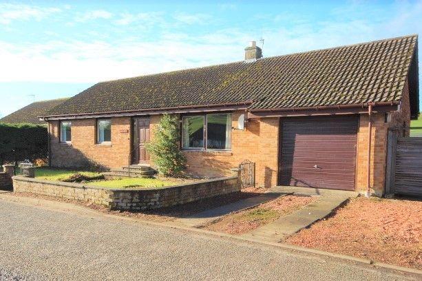 Thumbnail Bungalow to rent in Blyth Farm Road, Blyth Bridge, West Linton