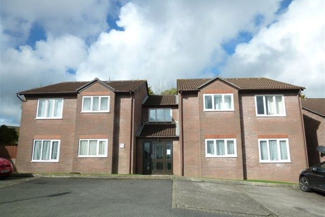 Thumbnail Flat to rent in Pinewood Drive, Woolwell, Plymouth
