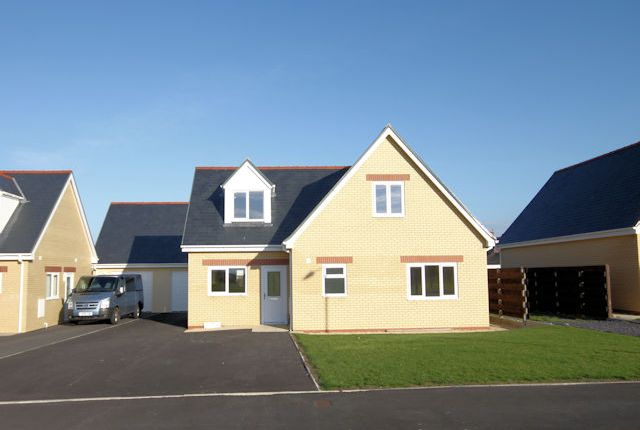 Thumbnail Detached house for sale in Corbett Avenue, Tywyn