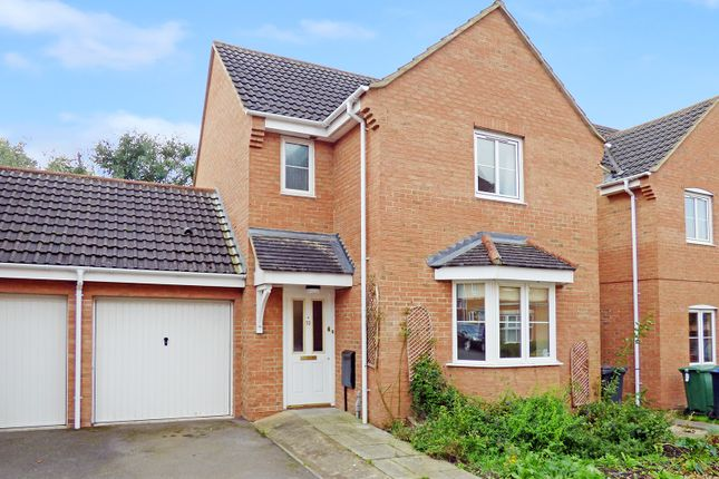 3 bed detached house to rent in Brabant Way, Westbury