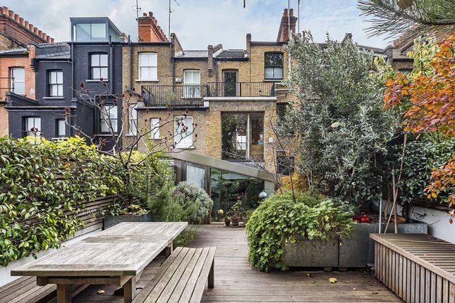 Thumbnail Terraced house for sale in Fashion Street, Spitalfields