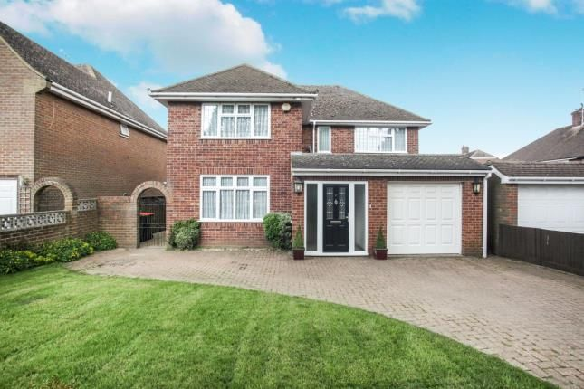 Thumbnail Detached house for sale in Osborne Road, Dunstable, Bedfordshire