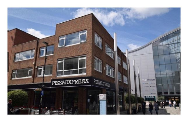 Thumbnail Flat to rent in Park Street, Camberley