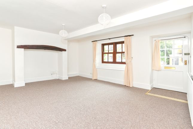 Thumbnail Flat to rent in Bullring, Deddington