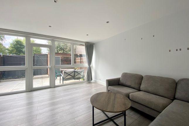 3 bed flat for sale in Marlborough Road, London N19
