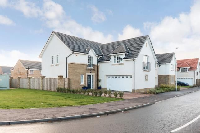 Thumbnail Detached house for sale in Crosshill Road, Bishopton, Renfrewshire