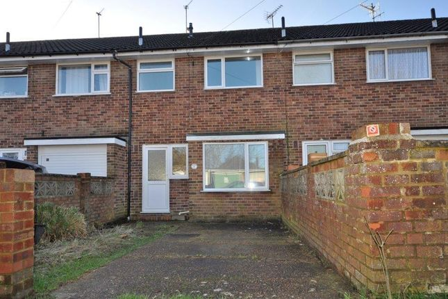 3 bed terraced house to rent in The Mount, Hailsham BN27