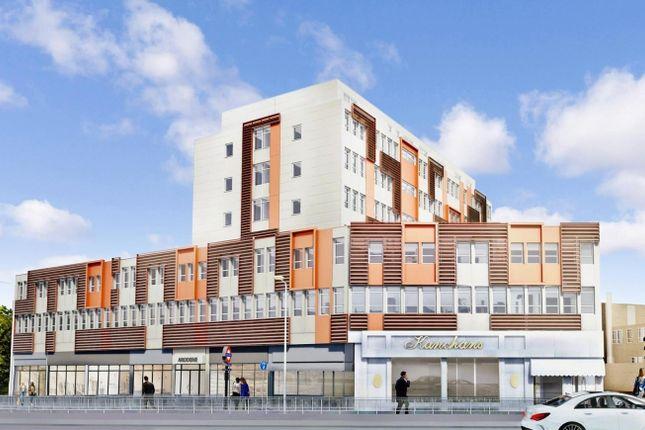 Thumbnail Flat to rent in Cranbrook Road, Gants Hill London