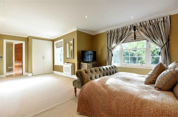 Thumbnail Detached house to rent in Eastcott Close, Kingston Upon Thames