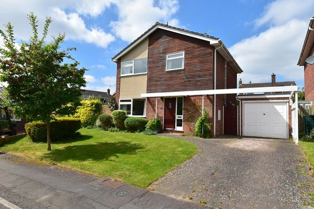 Thumbnail Detached house for sale in Cherry Close, Droitwich