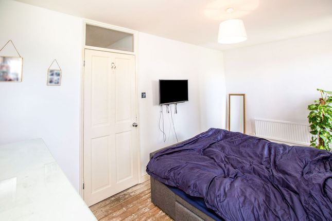 Master Bedroom of Ford Street, London E3